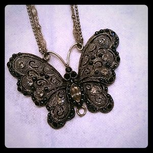 Jewelry - Crafted rhinestones butterfly necklace